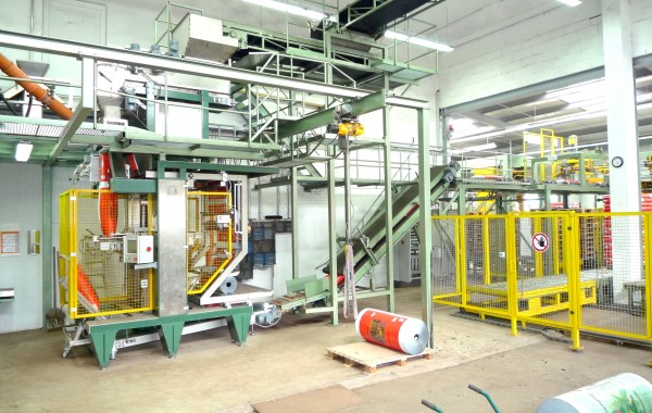 VERTICAL TUBULAR BAG MACHINE T2-701